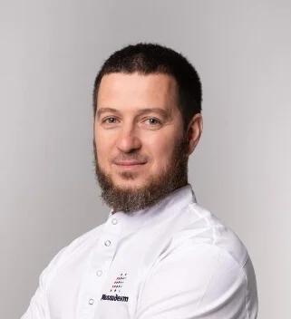 Гаязов Искандер Равилевич